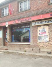 Local commercial Ponches Estruval ext 1