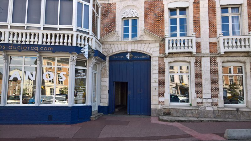 Photo extérieur de l'atelier et des bureaux à Abbeville centre numéros 1