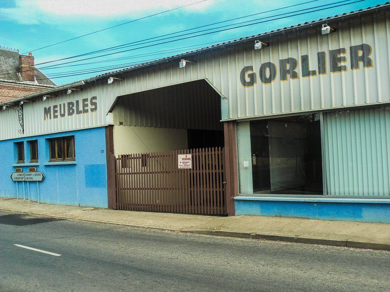 Photo extérieur du local commercial et de l'atelier à Brocourt numéros 1